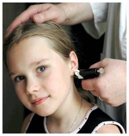 Проколоть уши ребенку в домашних условиях 220