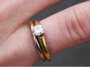 1 carat Cushion cut Diamond Engagement Ring Thin Band