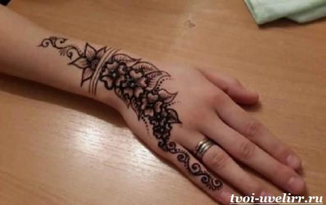 Татуировки на кисти женские