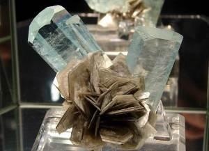 Ангидрит-Описание-и-свойства-минерала-7