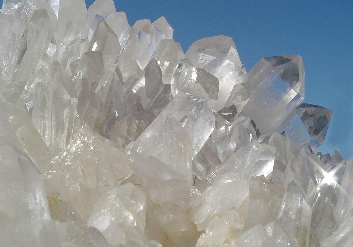Алунит-Свойства-и-применение-алунита-3