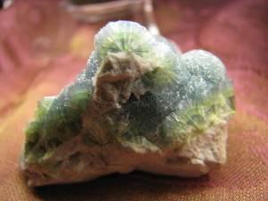 Вавелит-свойства-добыча-влияние-на-человека-1