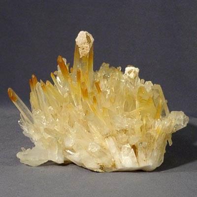 Что-такое-кварц-Свойства-минерала-химические-характеристики-разновидности-и-его-применение-8