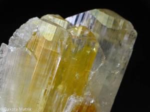 Эвклаз-Описание-и-свойства-минерала-1