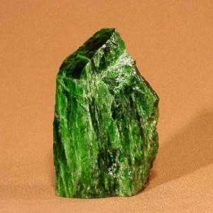 Диопсид-Свойства-происхождение-и-разновидности-минерала-2