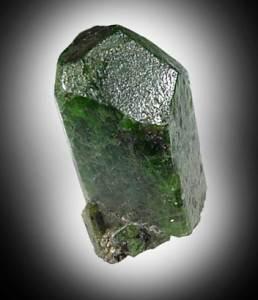 Диопсид-Свойства-происхождение-и-разновидности-минерала-3