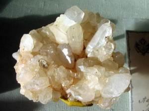 Фенакит-Свойства-происхождение-применение-минерала-4