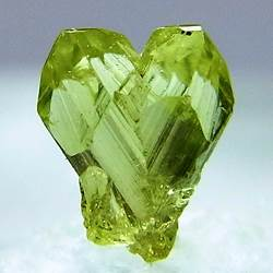 Хризоберилл-Свойства-разновидности-происхождение-минерала-4