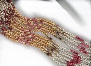 Морские-дары-Ниихау-и-особенности-изготовления-гавайских-украшений-11