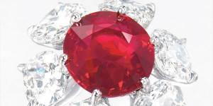 Легендарные-камни-рубин-Чёрный-принц-1