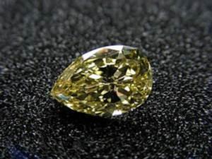 Легендарные-камни-бриллиант-Санси-3