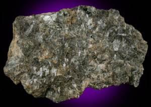 Энстатит-История-происхождение-и-свойства-камня-4