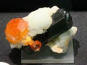 Спессартин-История-происхождение-и-свойства-камня-4