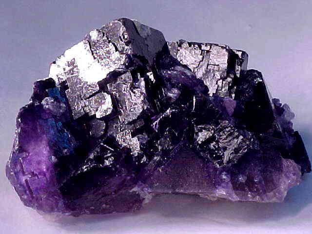 Флюорит-Исторические-свидетельства-о-применении-минерала-4
