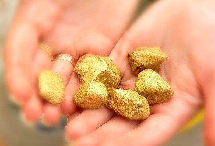 Золото-в-реке-Образование-и-добыча-золота-в-реках-1