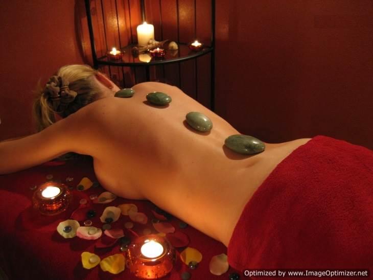 Камни-в-массаже-Стоунтерапия-литотерапия-1
