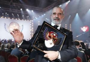 Золотая-маска-премия-3