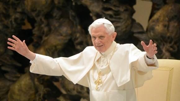 Корона-папы-римского-4