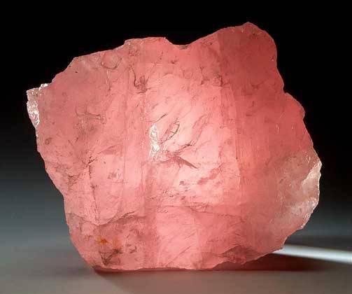 Камень-кварцит-Свойства-кварцита-Описание-кварцита-3