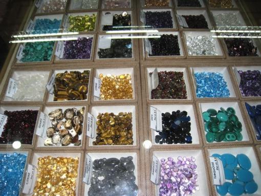 Рынок-драгоценных-камней-5