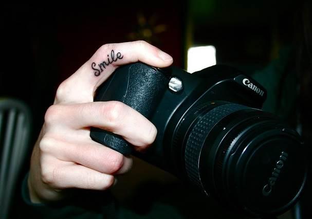 Тату-на-пальцах-Значение-тату-на-пальцах-Эскизы-и-фото-тату-на-пальцах-7