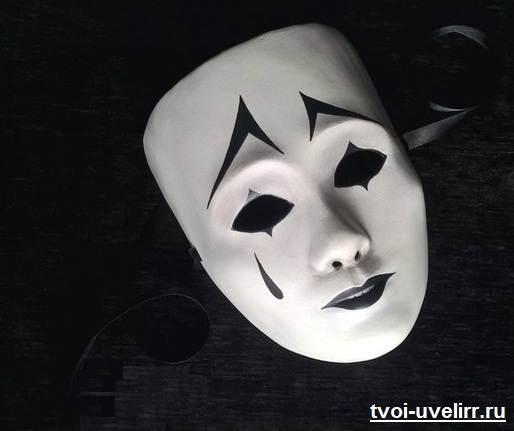 Венецианские-маски-и-их-особенности-9