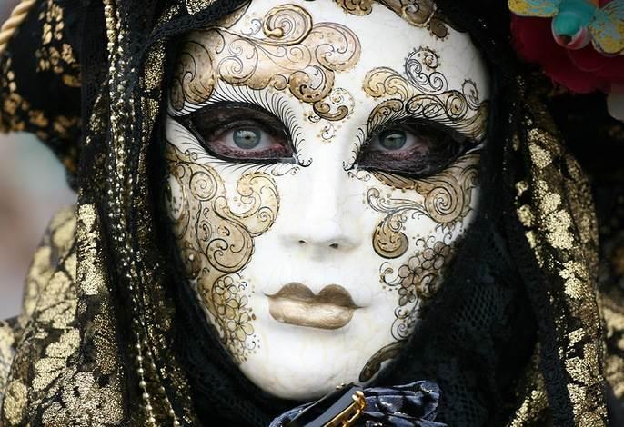 Венецианская маска своими руками: мастер-класс 91