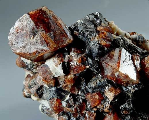 Гиацинт-камень-2
