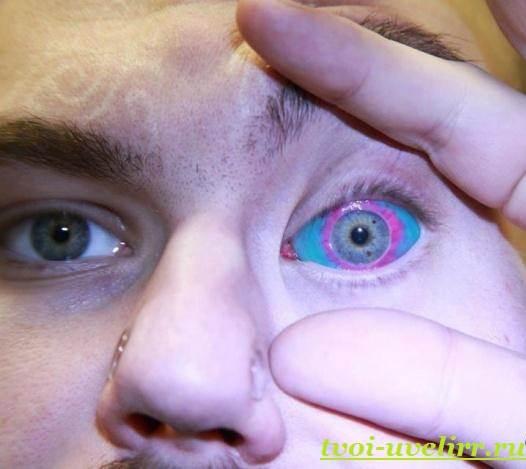 Тату-на-глазах-Значение-тату-на-глазах-Эскизы-и-фото-тату-на-глазах-2