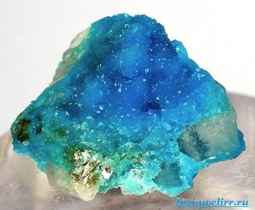 Бирюза-камень-Свойства-бирюзы-Цена-бирюзы-8