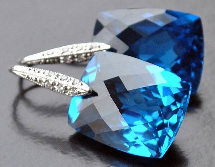 Камень-топаз-Свойства-топаза-Цена-топаза-10
