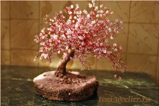 Деревья-из-бисера-Мастер-класс-видео-и-фото-деревьев-из-бисера-5
