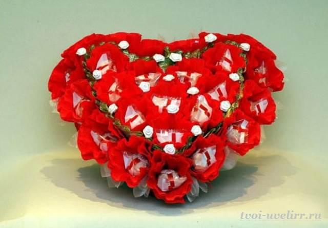 Букеты-из-конфет-своими-руками-Фото-и-видео-как-сделать-букет-из-конфет-5