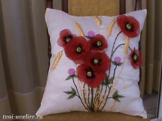 Цветы-из-лент-Как-сделать-цветы-из-лент-своими-руками-4