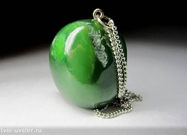Зелёный-камень-Популярные-зелёные-камни-24