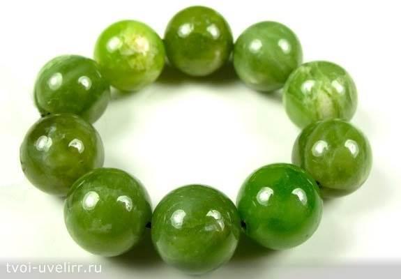 Зелёный-камень-Популярные-зелёные-камни-25