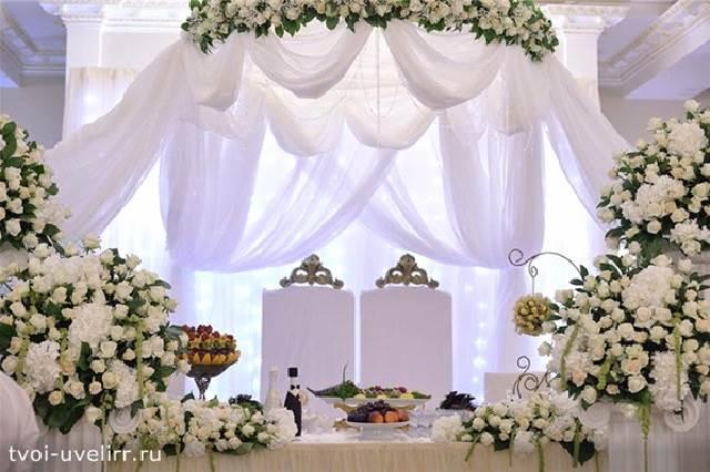 Украшение-стола-Как-красиво-украсить-стол-1