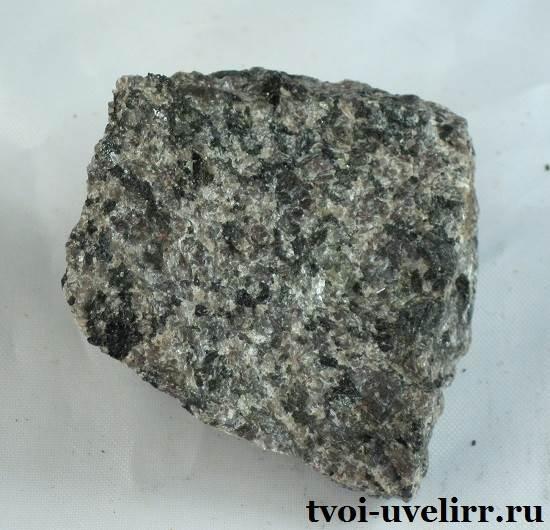 Сиенит-камень-Свойства-сиенита-Применение-сиенита-5