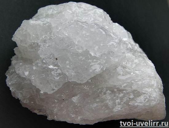 Криолит-камень-Свойства-криолита-Применение-криолита-1