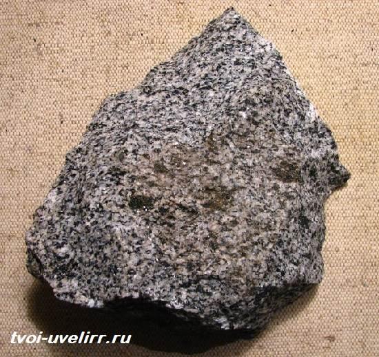 Диорит-камень-Свойства-диорита-Применение-диорита-2