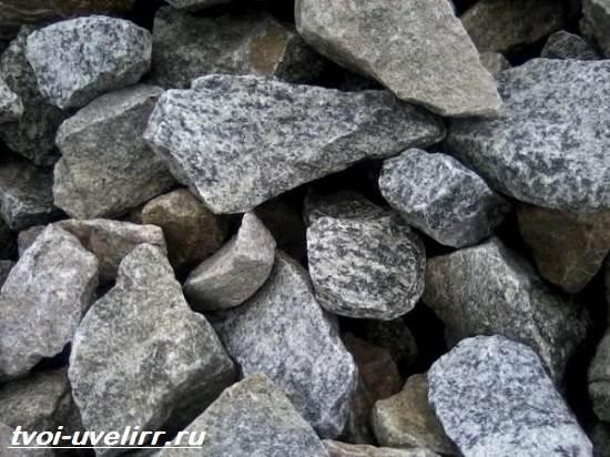 Серый-камень-Популярные-серые-камни-и-их-свойства-1