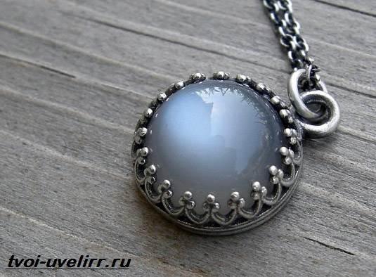 Серый-камень-Популярные-серые-камни-и-их-свойства-3