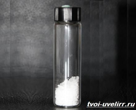 Малеиновая-кислота-Свойства-получение-применение-и-цена-малеиновой-кислоты-3