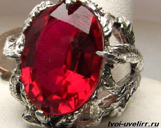 Что-такое-рубин-Свойства-добыча-применение-и-цена-рубина-4