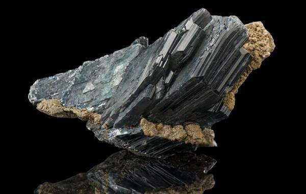 Вивианит-минерал-Описание-особенности-состав-и-применение-вивианита-4